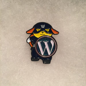 wapuu-pin-captain-w-front